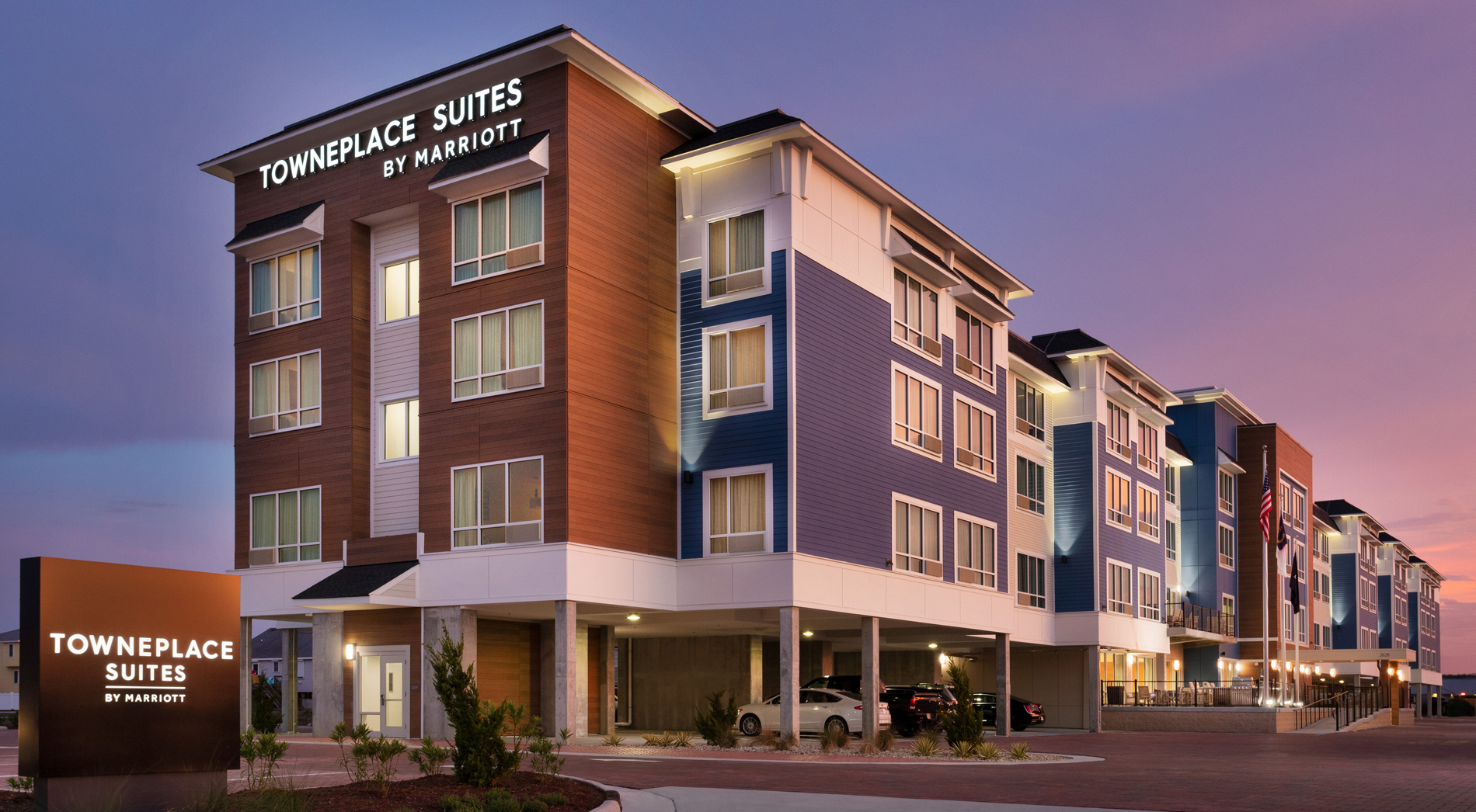 Outer Banks Hotel and Outer Banks Golf